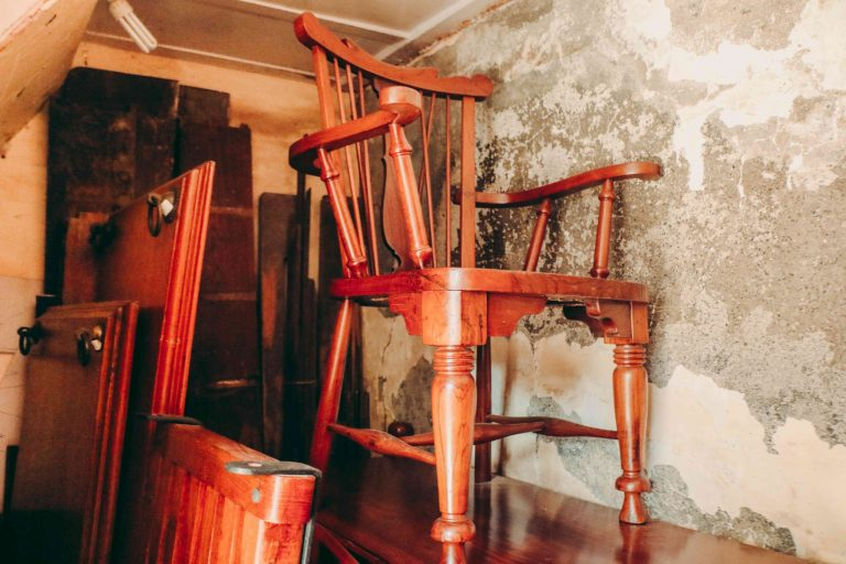 5 Tips to Consider before Buying Second Hand Furniture