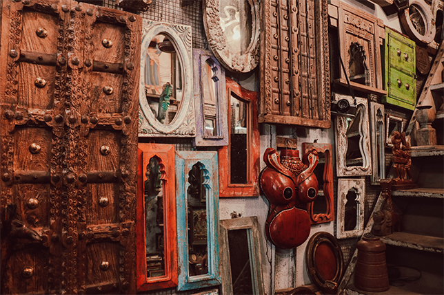 5 Awesome Ways to Buying Vintage Furniture and Household Items in Mumbai